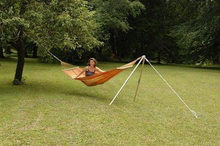 The Hammock Stand Madera Is Made Of Ash Wood And Comes With Mounting Rope  And Ground Pin. The Maximum Capacity Of The Amazonas Madera Is 100  Kilograms.