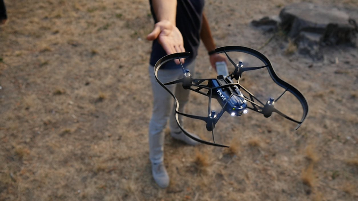 want to buy parrot airborne night mini drone. Black Bedroom Furniture Sets. Home Design Ideas