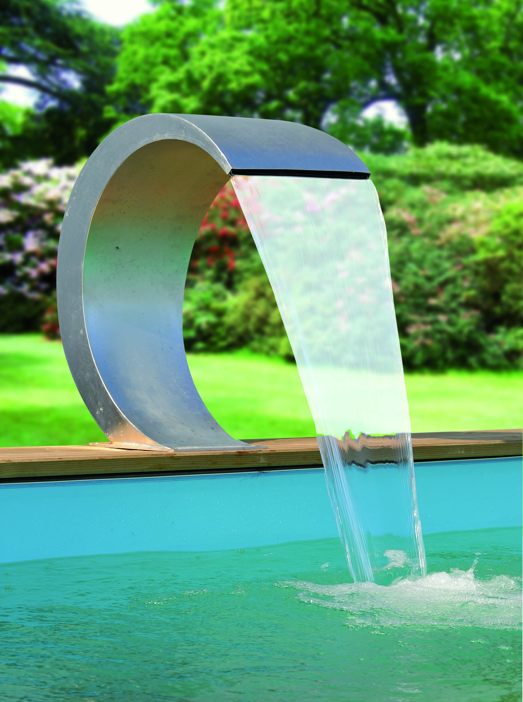 Ubbink mamba waterval kopen frank for Materiel pour nettoyage piscine