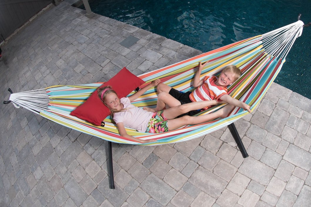 Vivere Polyester 2-person hammock with stand