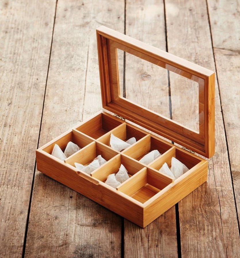 Point-Virgule tea box with 8 compartments