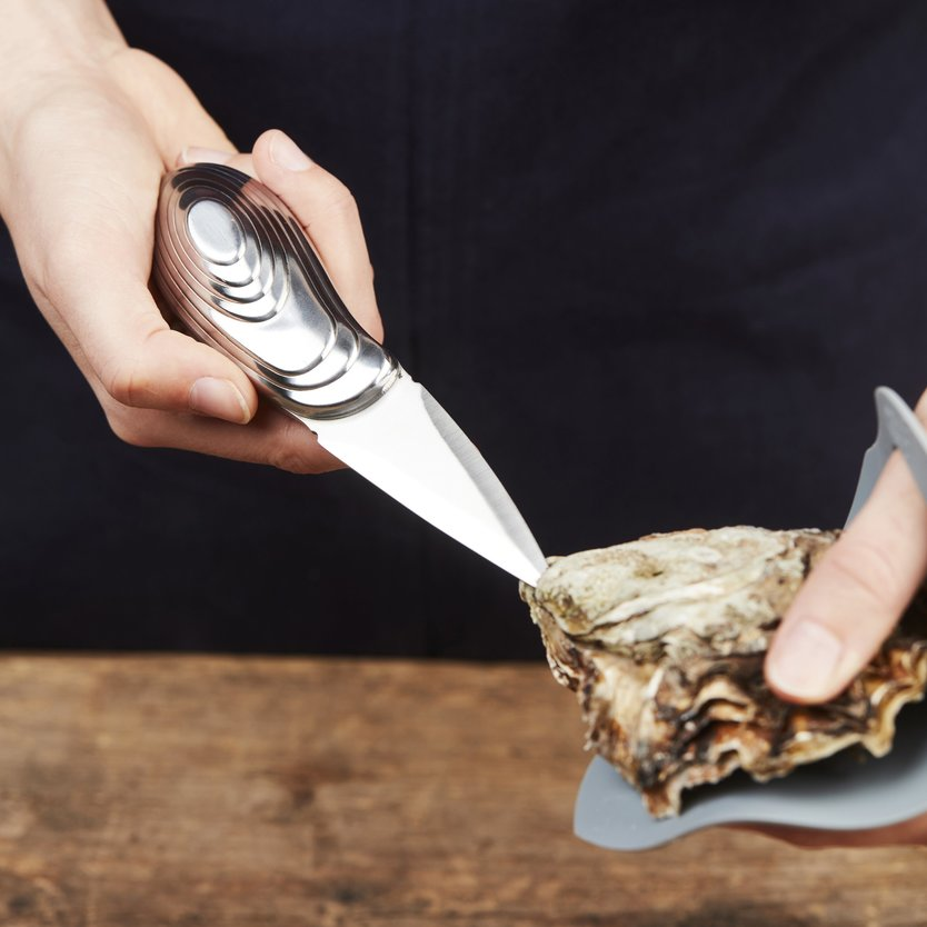 Point-Virgule oyster keeper