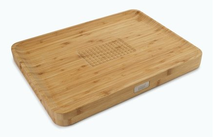 Joseph Joseph Cut & Carve cutting board bamboo