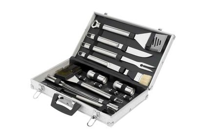 BBQ SET IN ALUMINUM CASE 21 PCS